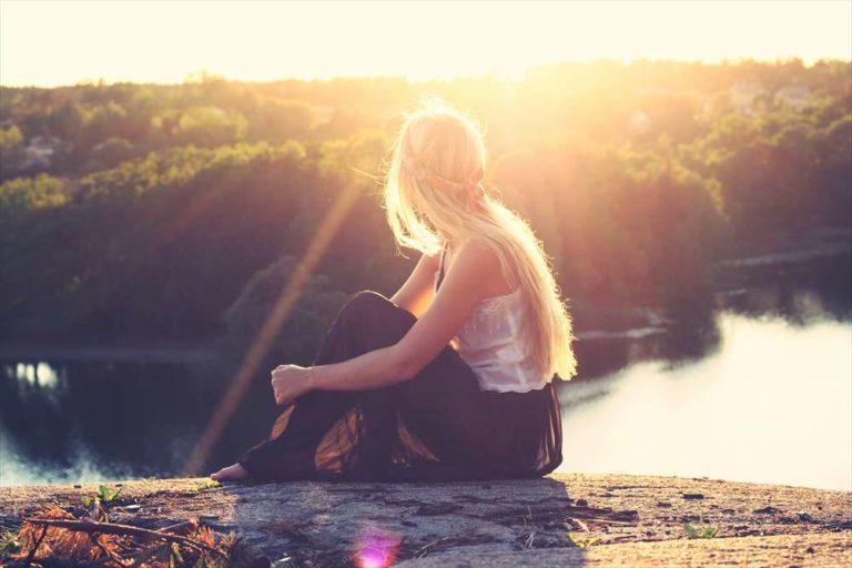 おひとりさまブログ-女性-イメージ